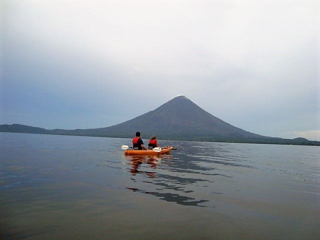kayak lake volcano