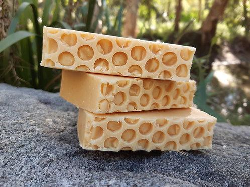 Honey & Cream Healing Bar