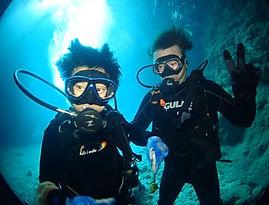 青の洞窟ダイビングの様子