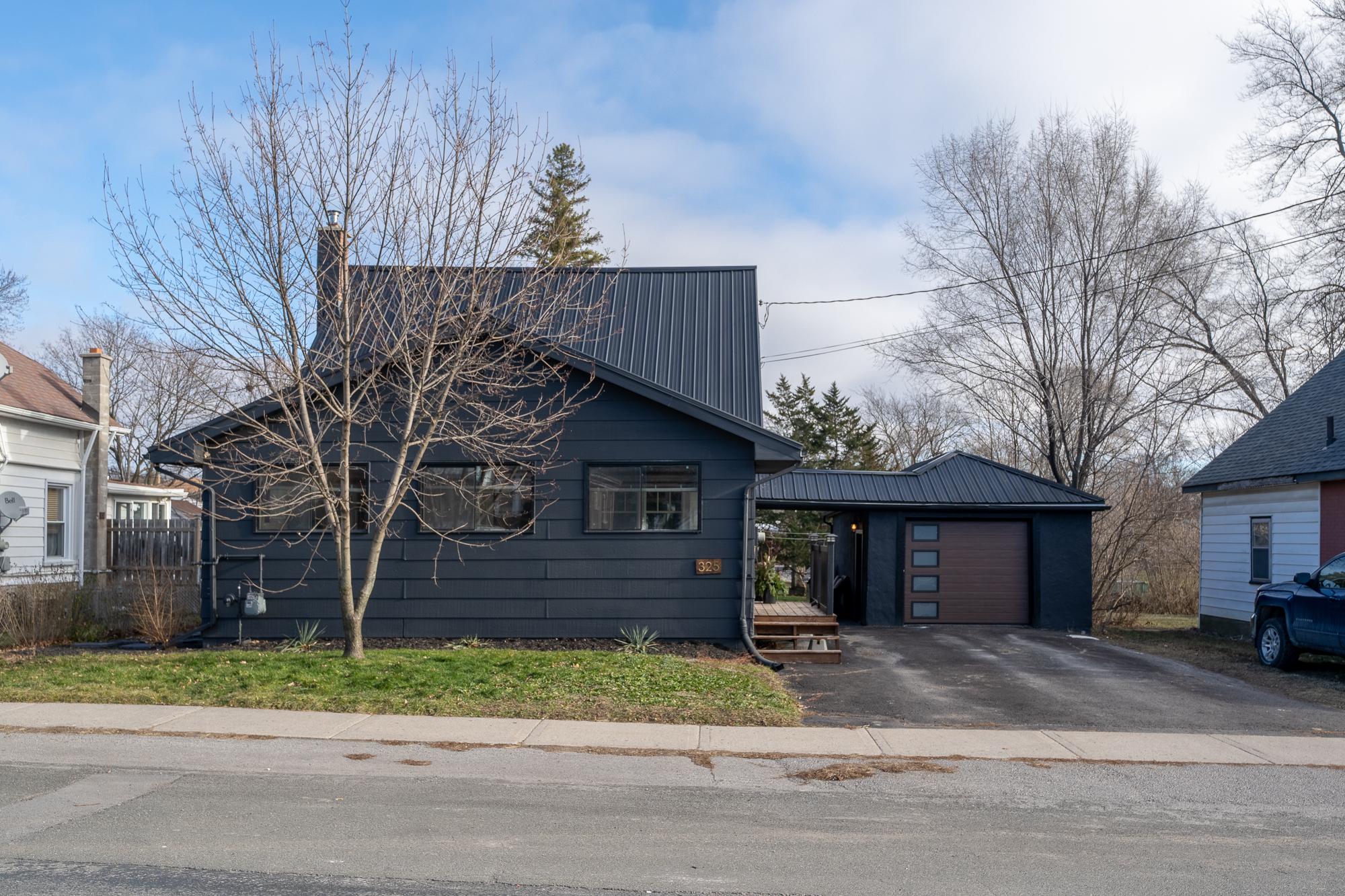 325 MacDonald Ave, Belleville ON-1