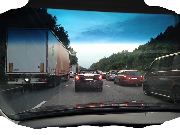 Traffic (002).jpg.png