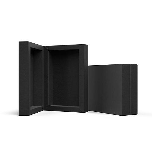 Czarne opakowanie na magnes