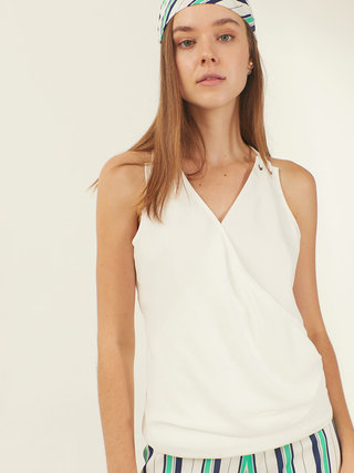 PF2020_white draping top crop.mp4