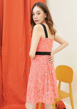 CS2020-ORANGE-DRESS-BLACK-KIMONO--04.jpg