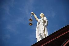 case-law-677940_1280.jpg