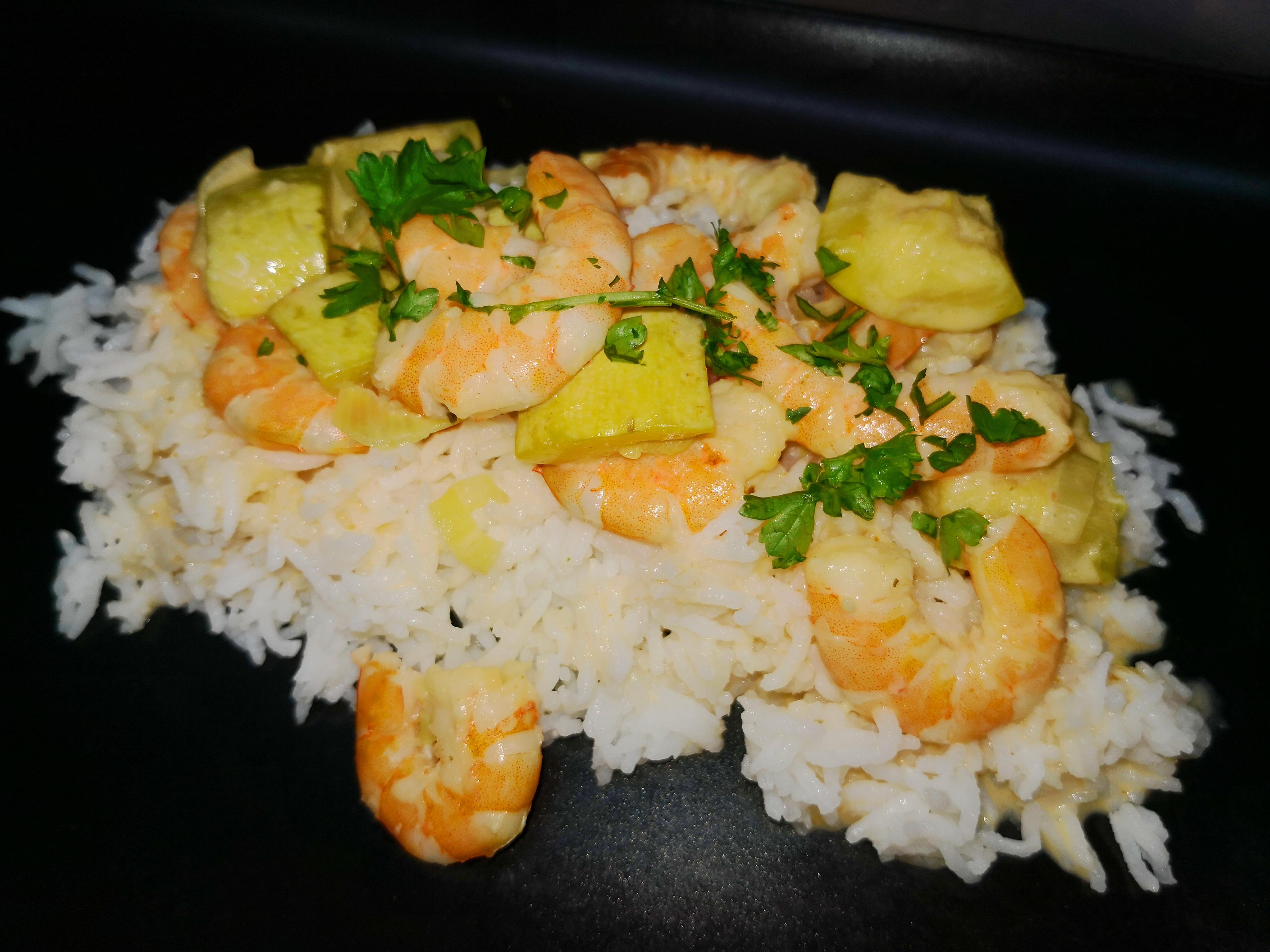 curry aux crevettes et riz basmati