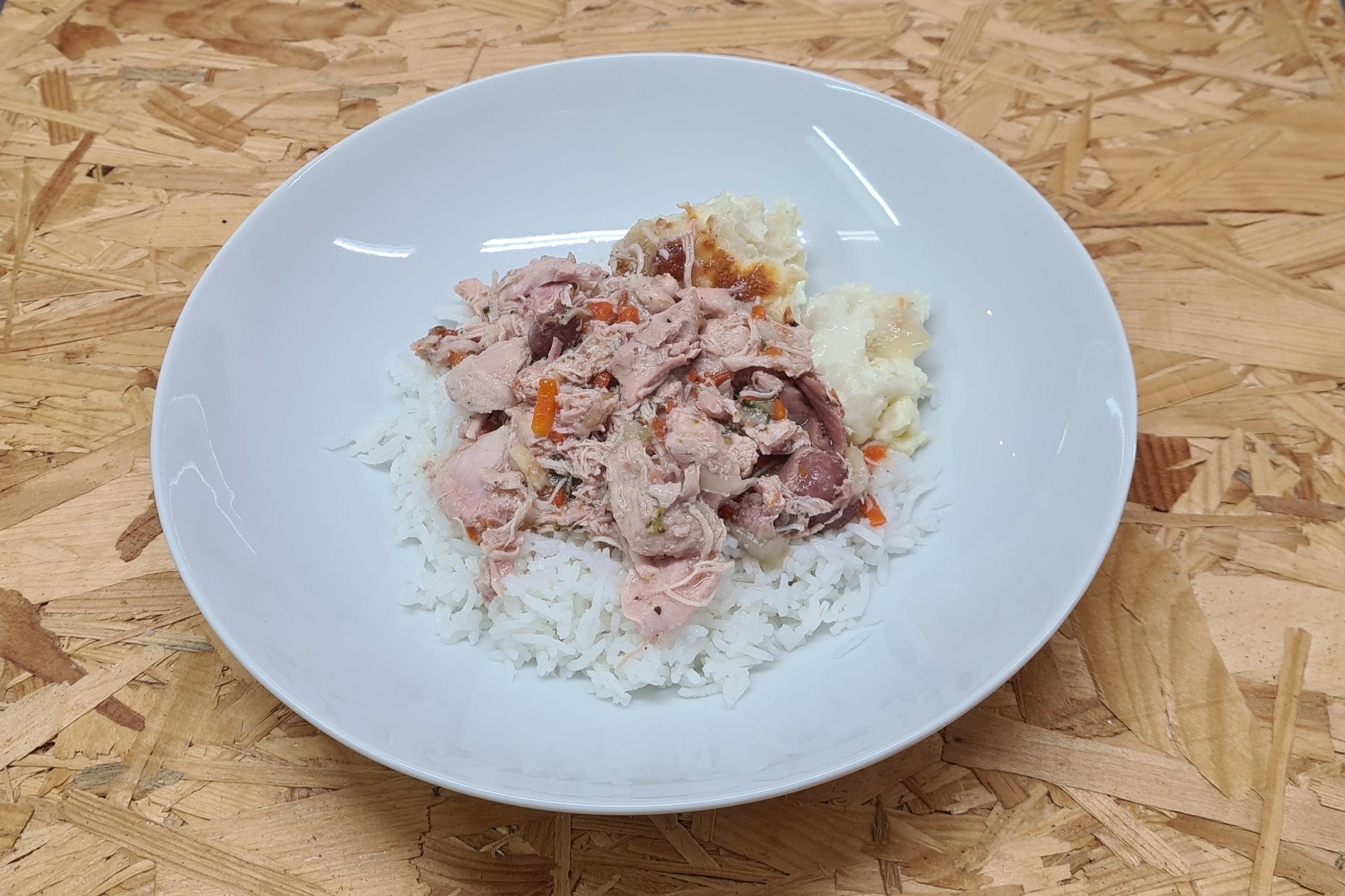 Sauté de dinde confit accompagné de riz