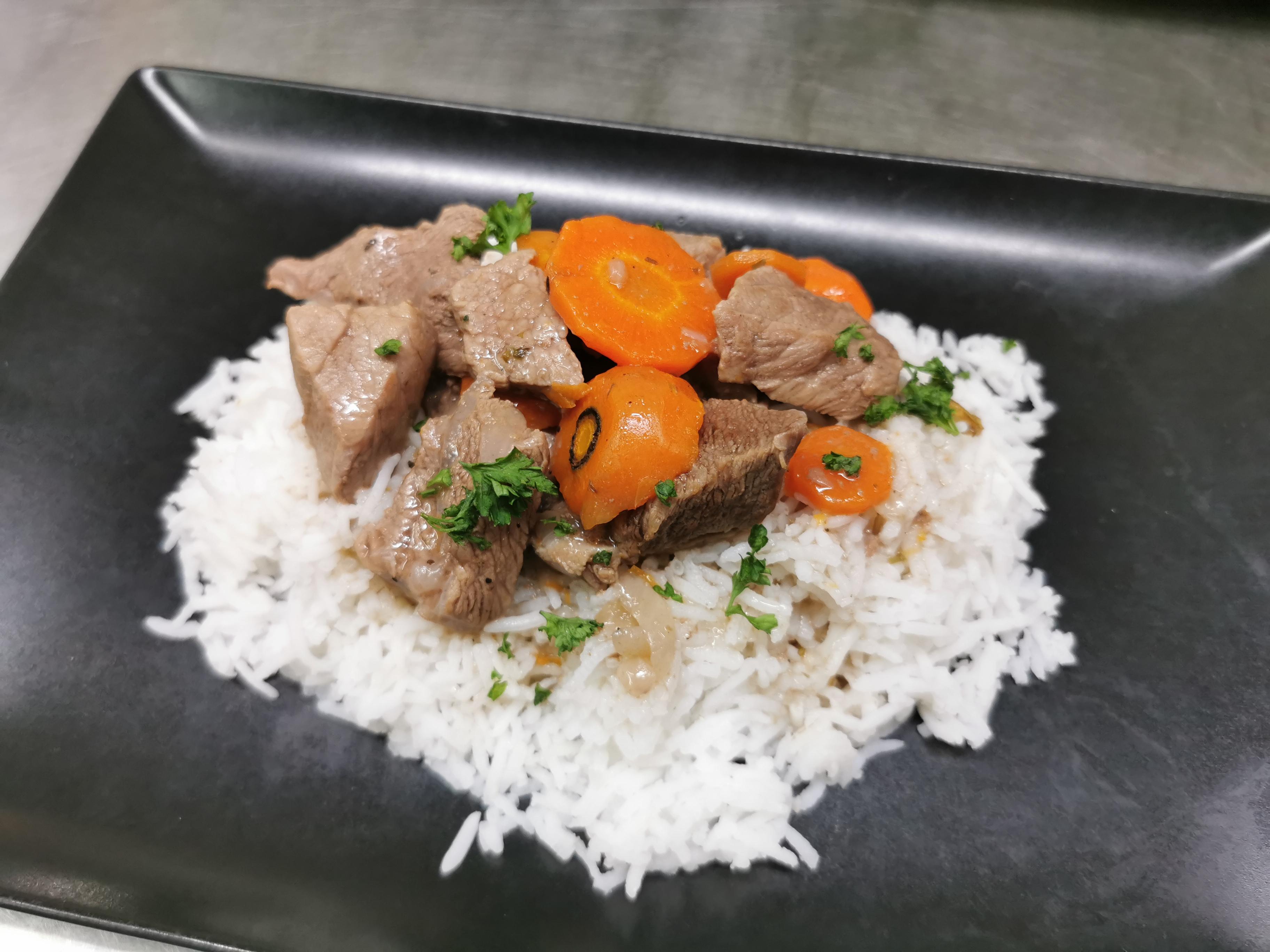 sauté de veau riz ratatouille