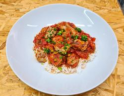 Rougail saucisse accompagné de riz basma