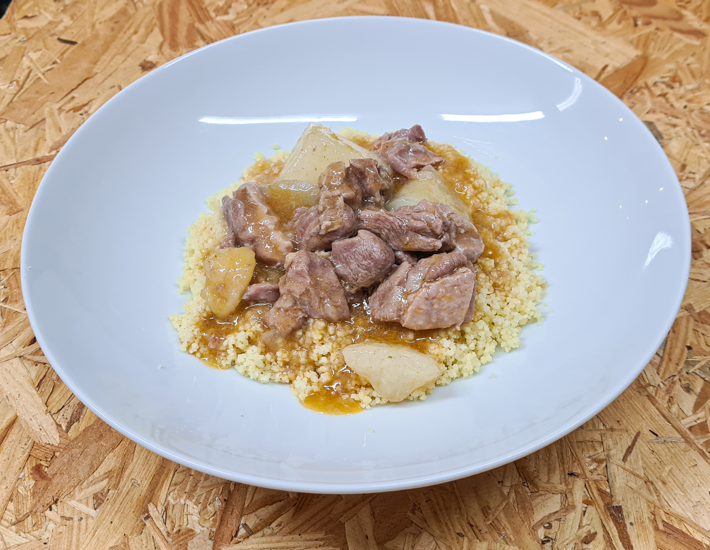 Curry de canard aux navets accompagné de