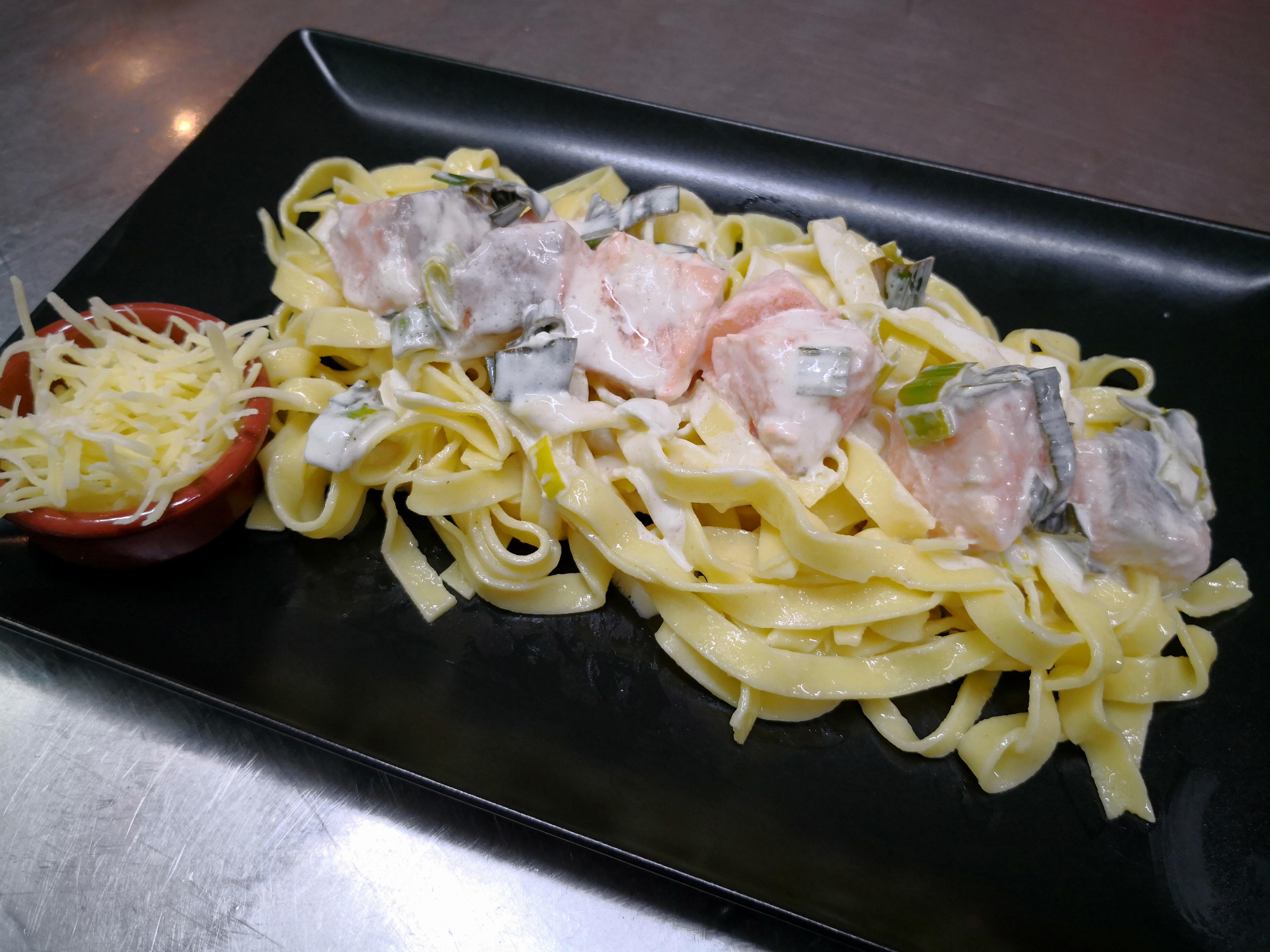 tagliatelles au saumon sauce citron