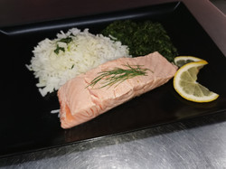Filet saumon frais, épinards riz