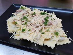 Ravioli au boeuf sauce cèpes/ bolets