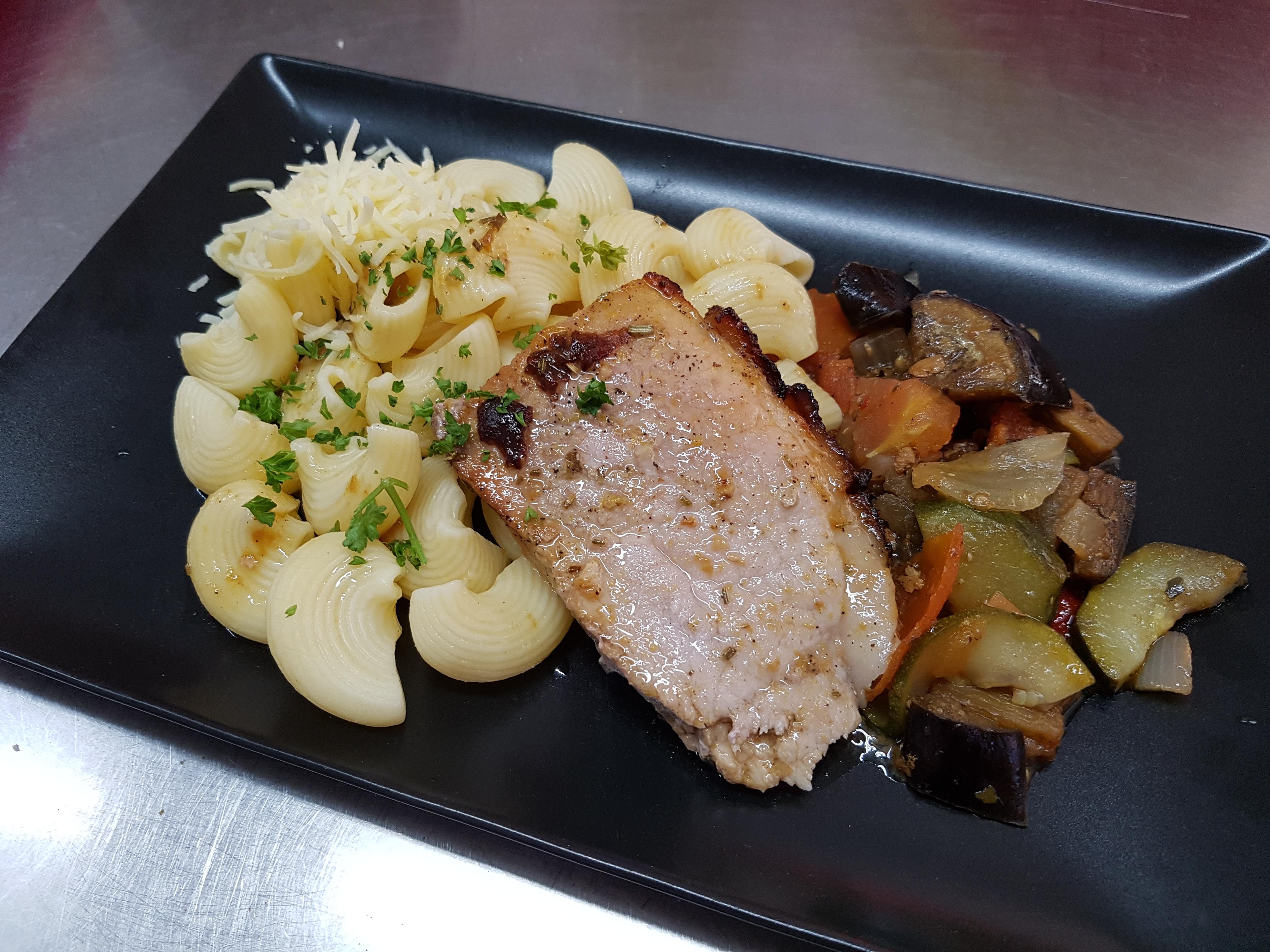 09/04 : Jambon au four, pâtes, légum