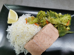 filet saumon frais riz légumesjpg