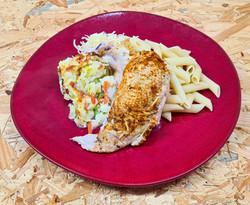 Suprême de poulet accompagné pâtes et lé