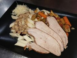 filet mignon de porc, pâtes et légumes