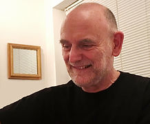 Gordon Peck Acupuncturist in clinic