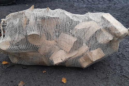60 liter Bjørk  Kortved 15-25 cm  (minstekjøp 25 sekker) 75 kr per sekk