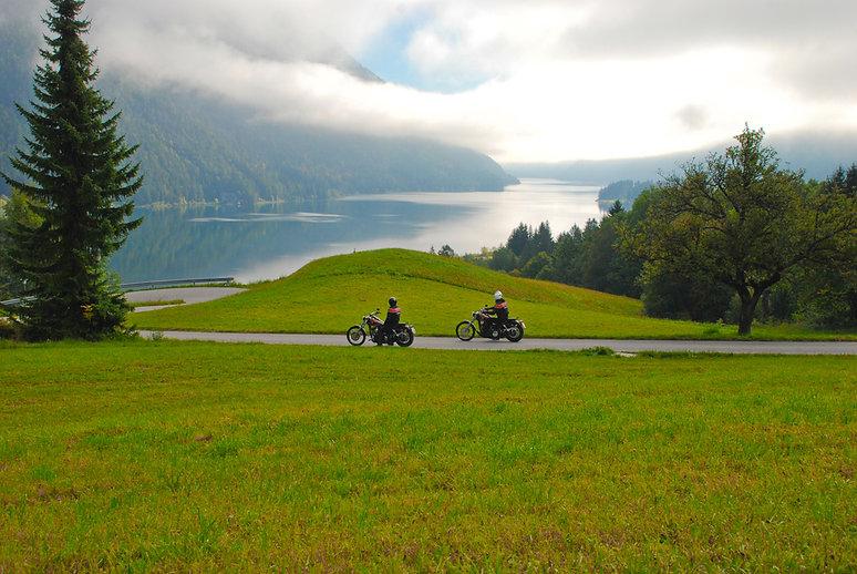 Motorradland Kärnten, Weissensee - © Kär