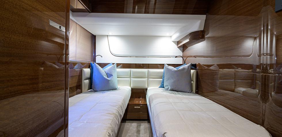 70-F7123_starboard_guest_stateroom_3.jpg