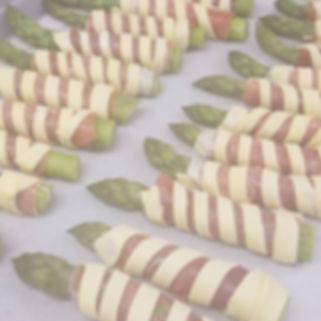 Asparagus in parma ham & puff pastry