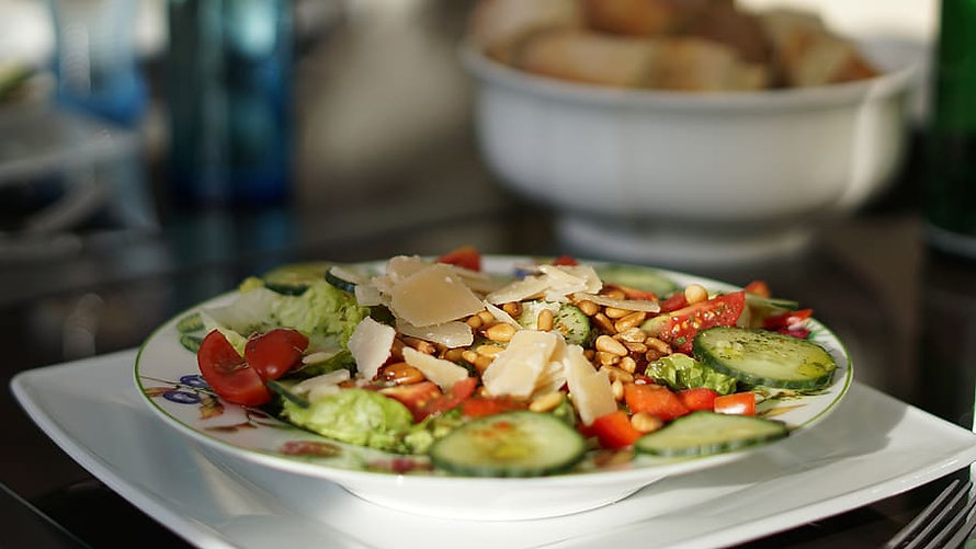 salad-background-pattern-healthy-plate-b