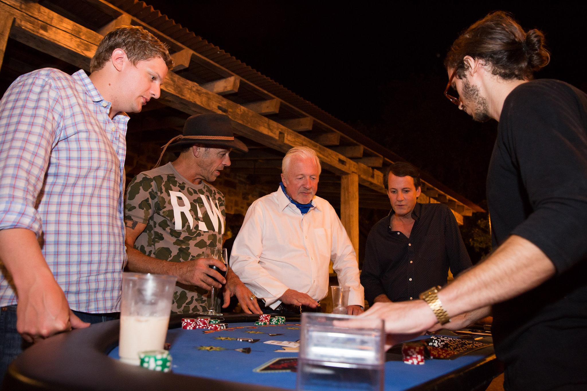 hunt gambling