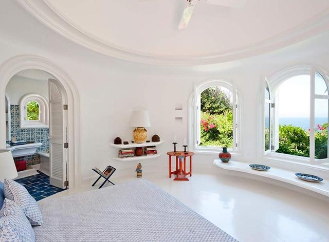 Playa Guest room