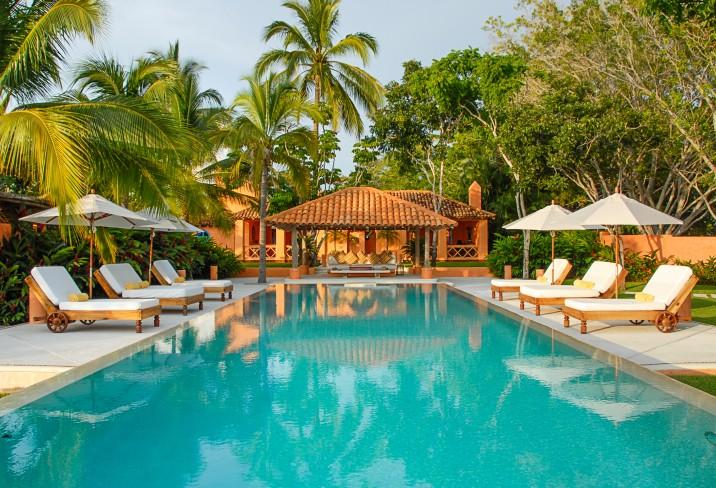 1715401-cuixmala-hotel-jalisco-mexico