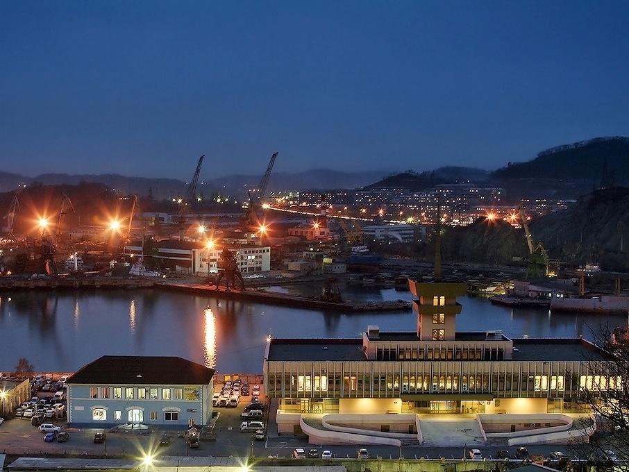 Находка:город четырех портов