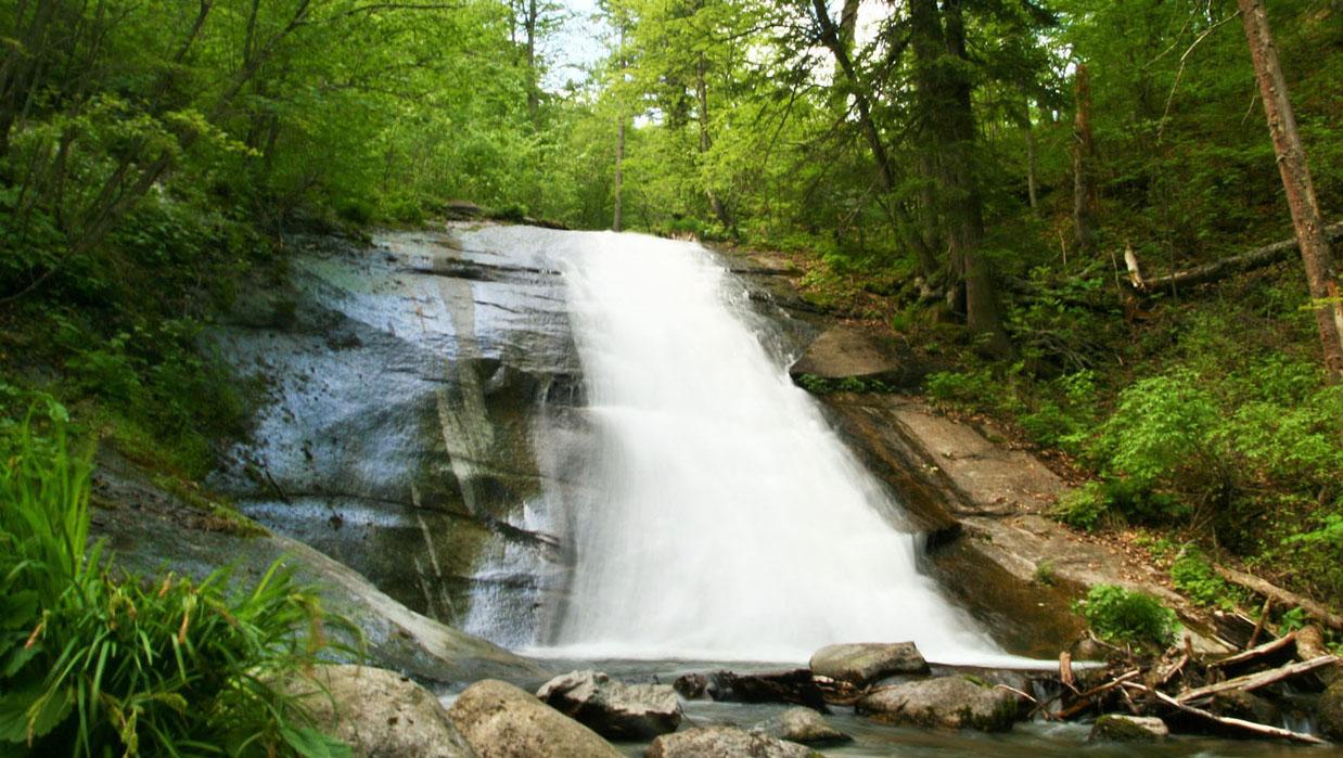 Макарьевский водопад
