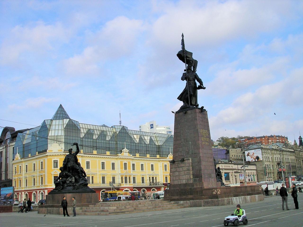 Памятник Борцам за власть Советов