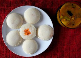 How to Make Soft & Fluffy Idlis (Steamed Lentil Rice Cakes)