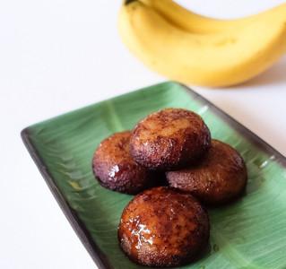 Instant Mini Banana Cakes - Kerala Style (Unniyappam)