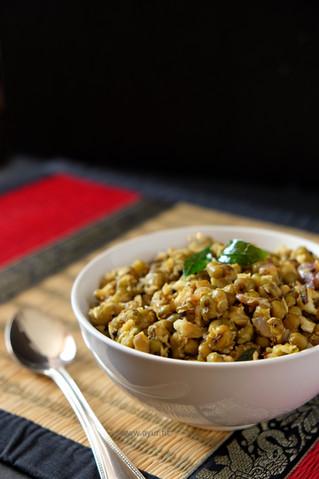 Cherupayar Thoran/ Cooked Moong Dal (Mung Beans) Stir Fry