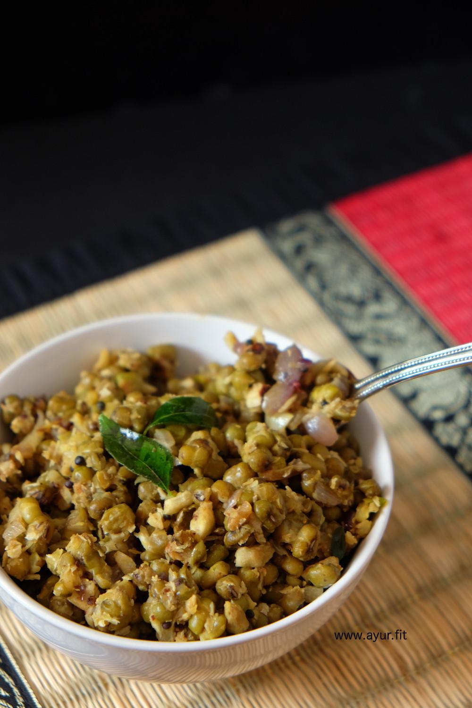 Cherupayar Thoran/ Cooked Mung Beans (Moong Dal) Stir Fry