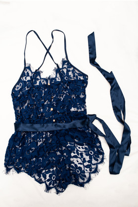Blue lace one piece pearl buttons