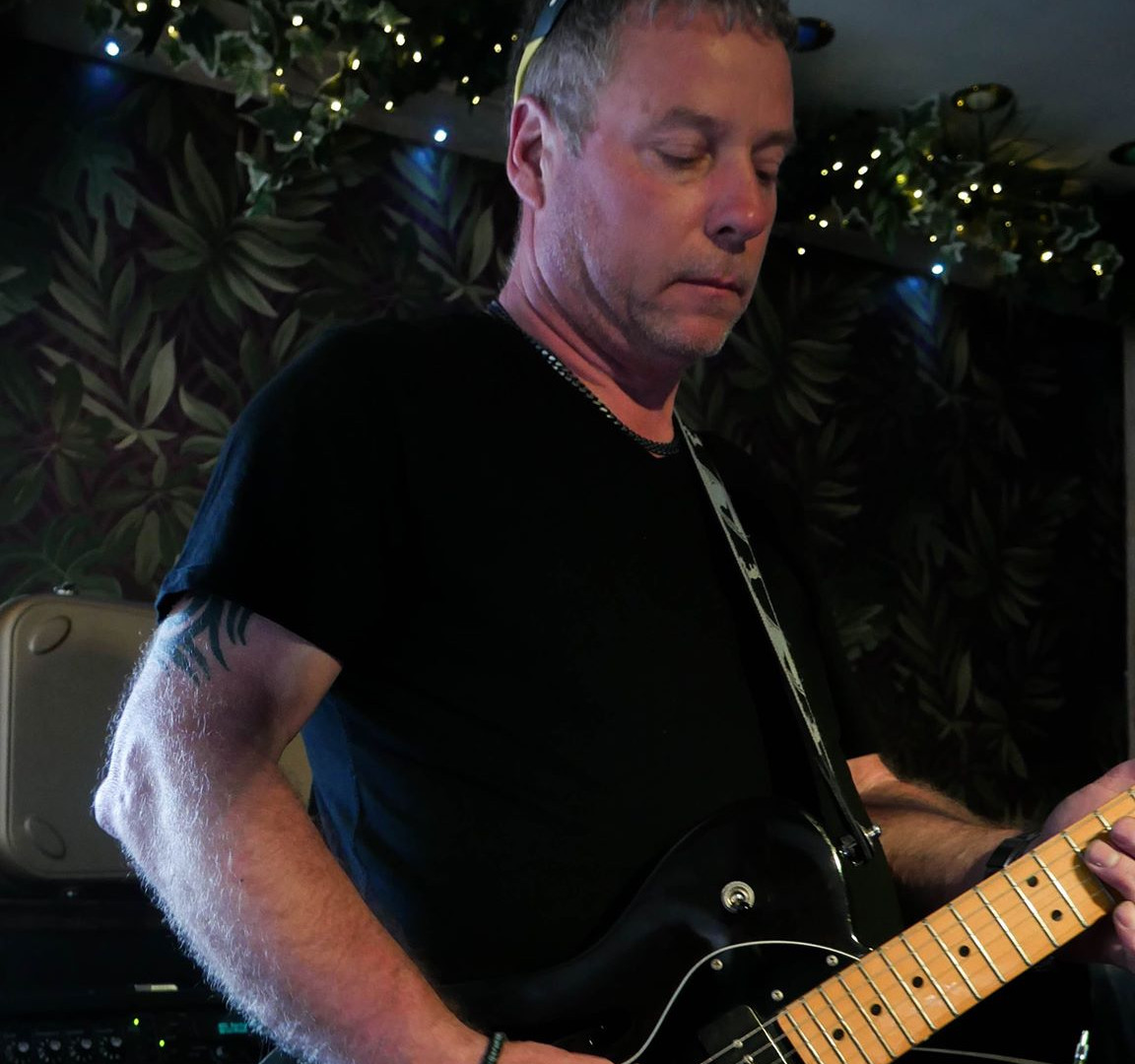 Paul Byron - Guitar and Vocals