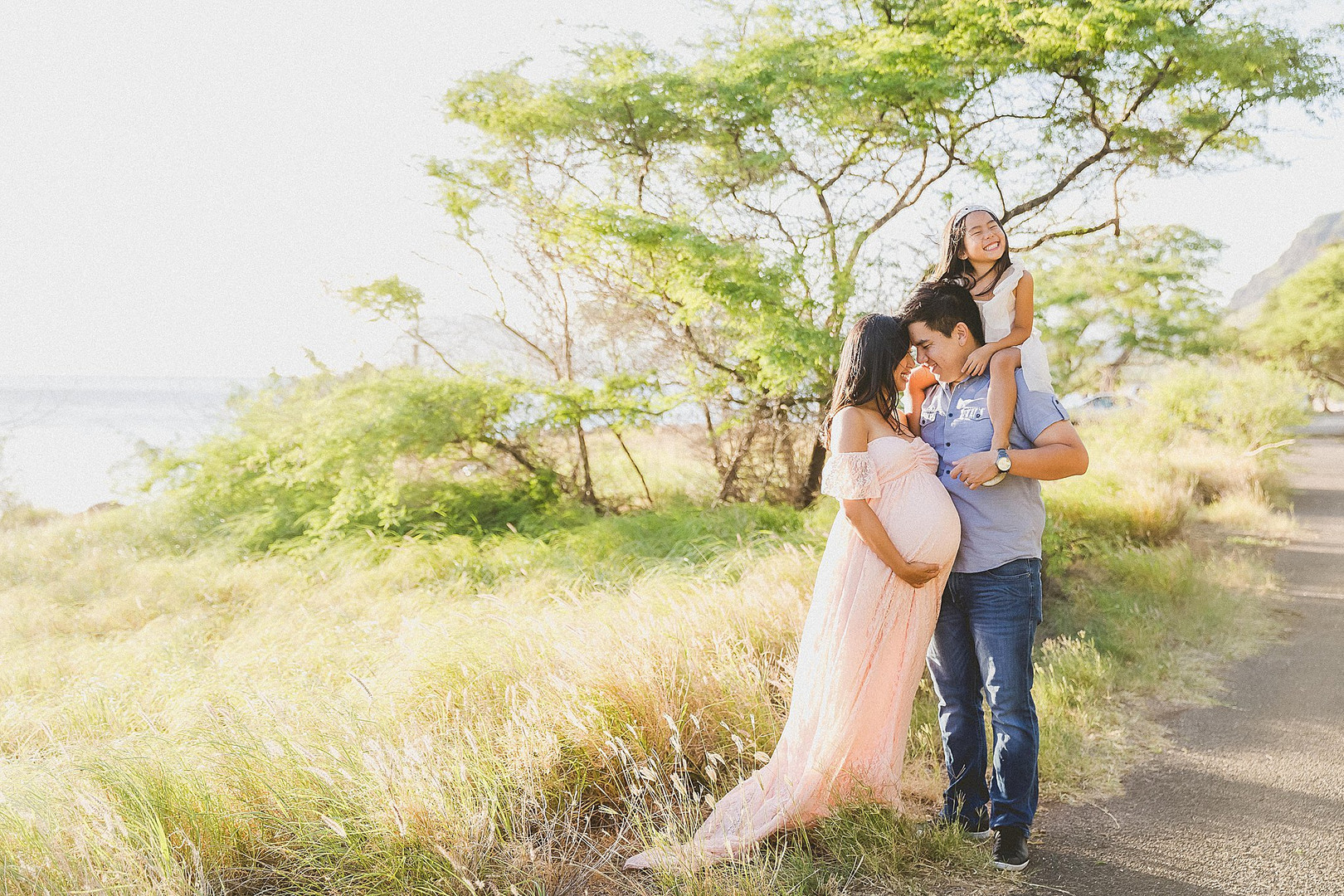 Hawaii-Maternity-Photographer-Photograph