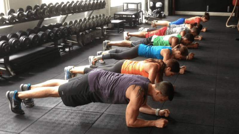 functional training - plank pose
