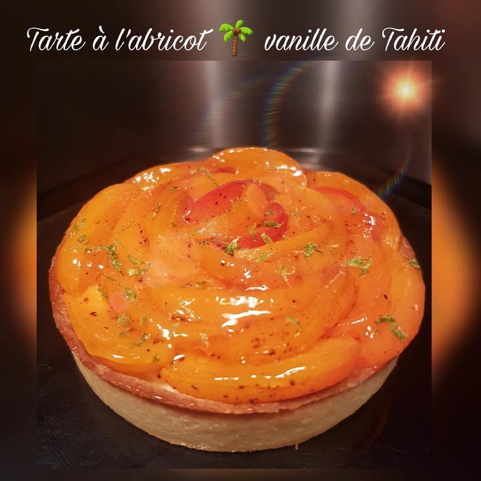Tarte_à_l'abricot_vanille_de_Tahiti