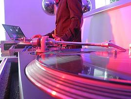 Los mejores DJs para tu Boda, expertos en Bodas de todo tipo