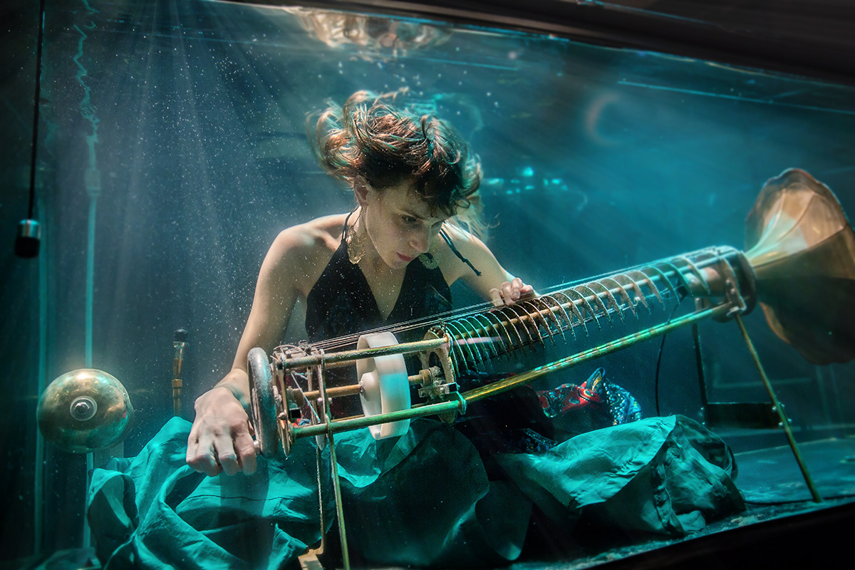Betweenmusic_Nanna_underwater-web