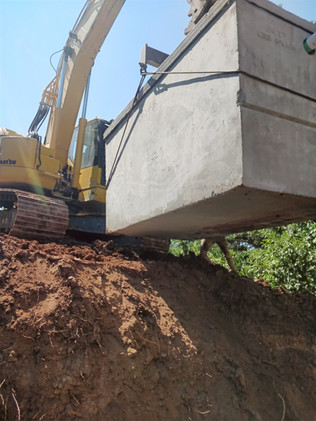 Setting a 1500 gallon septic tank