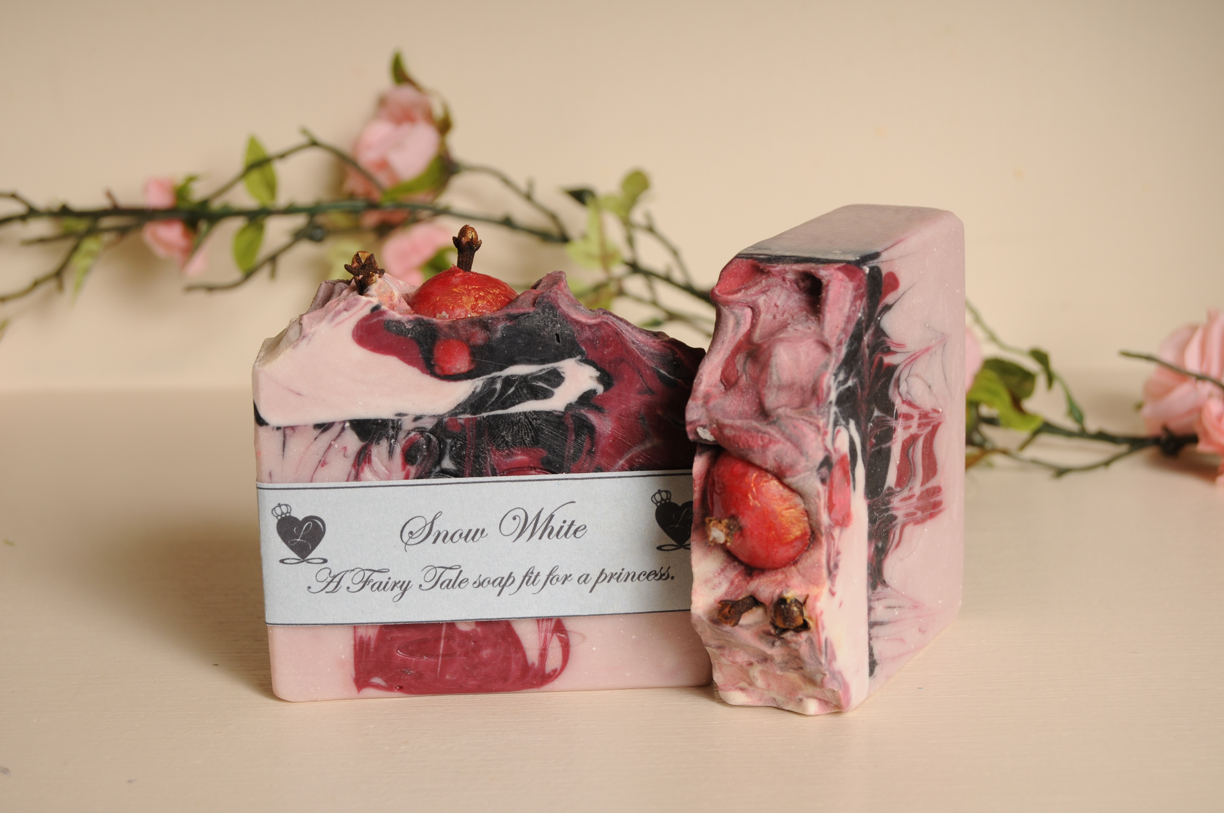 SNOW WHITE SOAP BAR