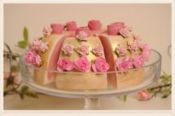 golden wedding cake