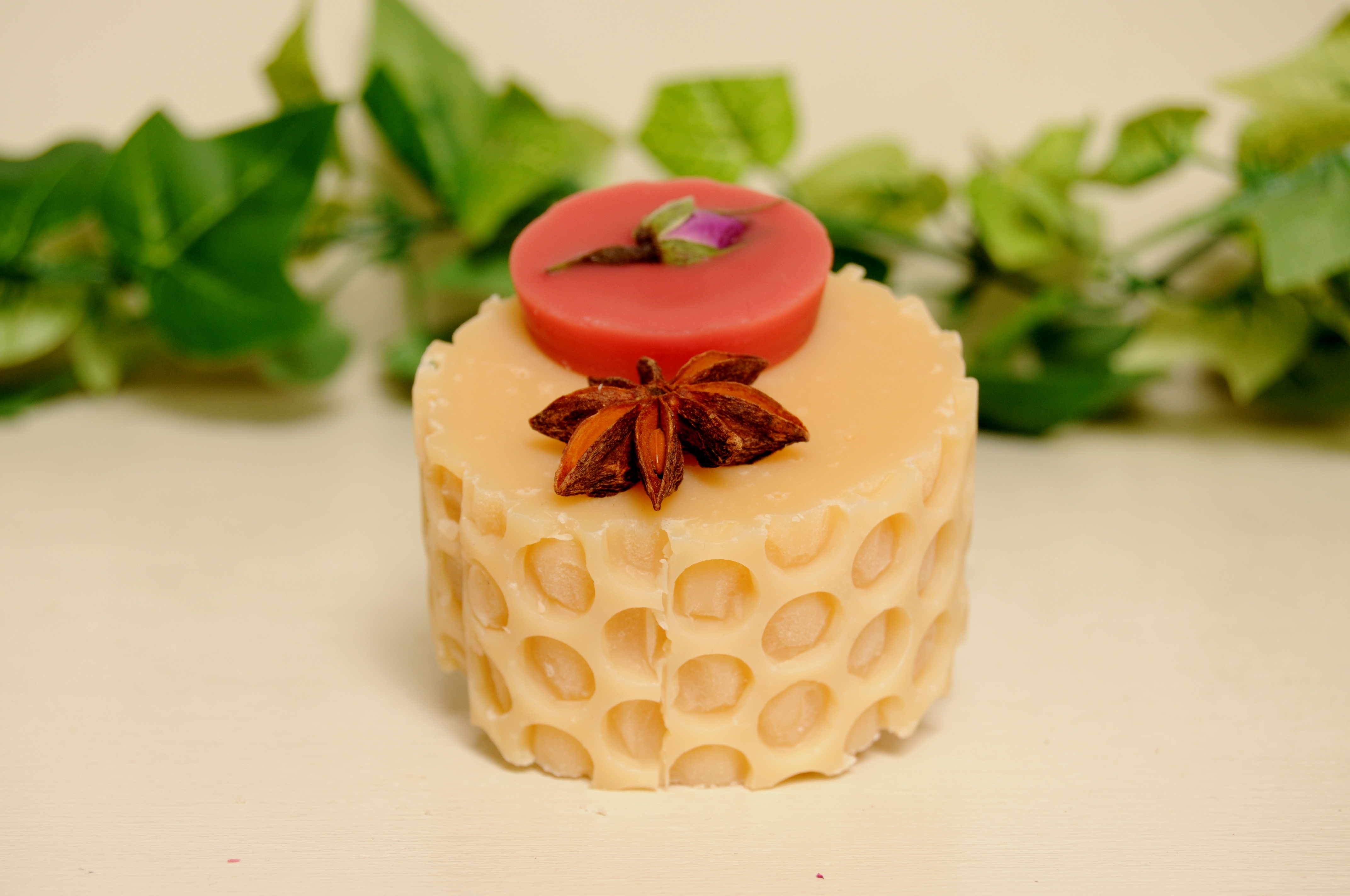 HONEY GRAPEFRUIT SOAP