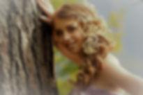 Carmen Hintergrund_edited.jpg
