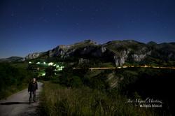 Valle de Miera con luna